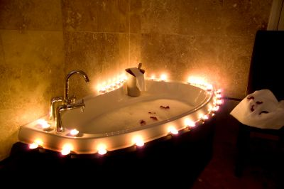 Purify the skin with vinegar bath attracting wellness - Candele da bagno ...