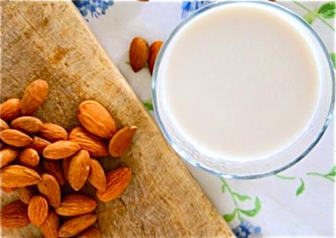 Raw Vegan Recipes Almond-milk-03-510x409